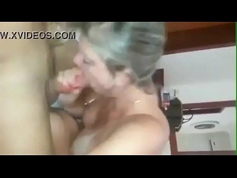 Esposa flagrada no motel dando pra outro