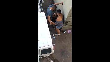 Botou todo mundo pra mamar na rua
