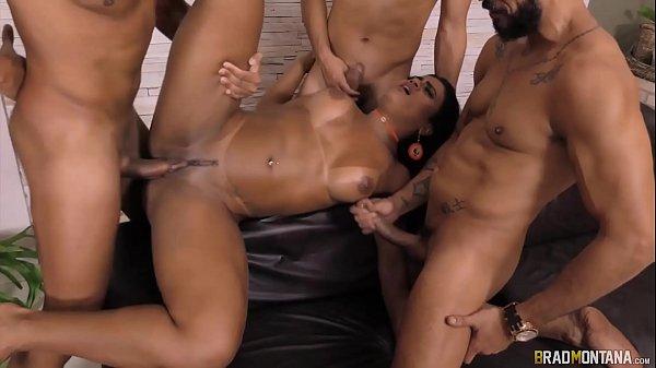 Pornô Nacional Hardcore com: Amanda Souza, Ana Júlia, Pamela Pantera e Paty Muniz