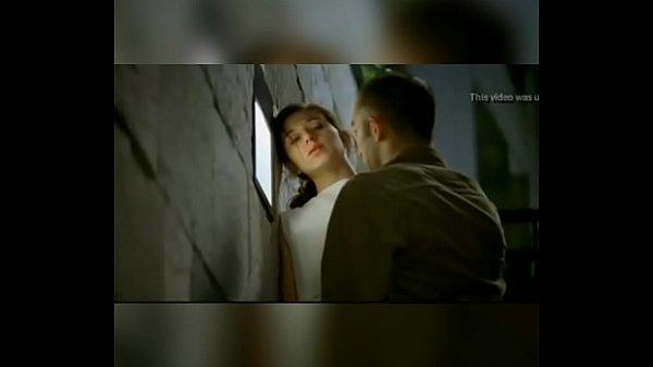 Novinha sendo estuprada e molestada em cena de filme Novinha being d and mol